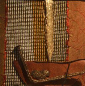 Textile-collage-med-spannmål-och-spik-Gittas-verkstad